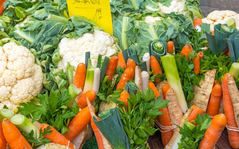 Weekendowe wyciszenie na rynku warzyw