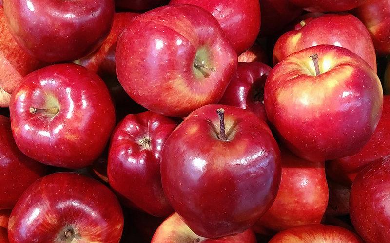 Sieci handlowe zwiększają zamówienia na jabłka. Ceny pójdą w górę?