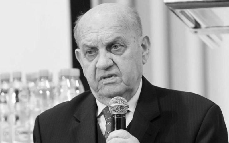 Prof. dr hab. Eberhard Makosz (1932–2018)